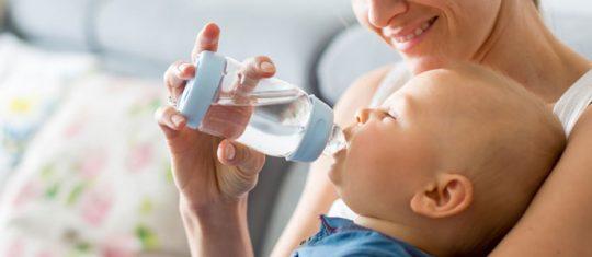 eau cristalline bebe